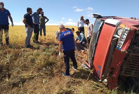 AFAD ekipleri şoförü yaralı halde iken araçtan kurtardı