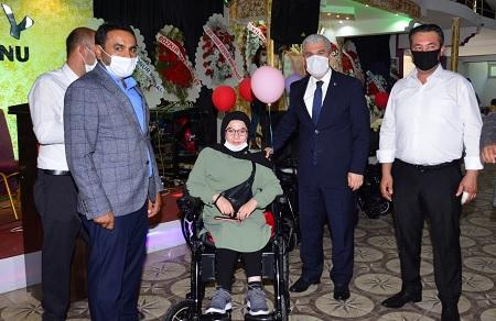 Hayırseverlerden Engellilere Bağış