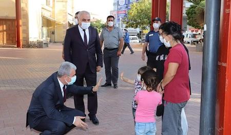 Vali Akın Kaman'da maske denetiminde bulundu
