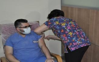 KIRŞEHİR'DE COVİD-19 AŞI YAPILMAYA BAŞLANDI