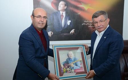 AHMET DAVUTOĞLU BAŞKAN EKİCİOĞLU'NU ZİYARET ETTİ!